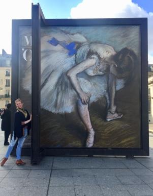 Degas outside the museum