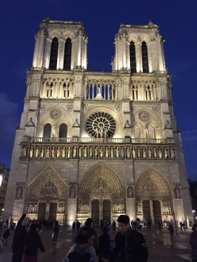 Notre Dame, front view